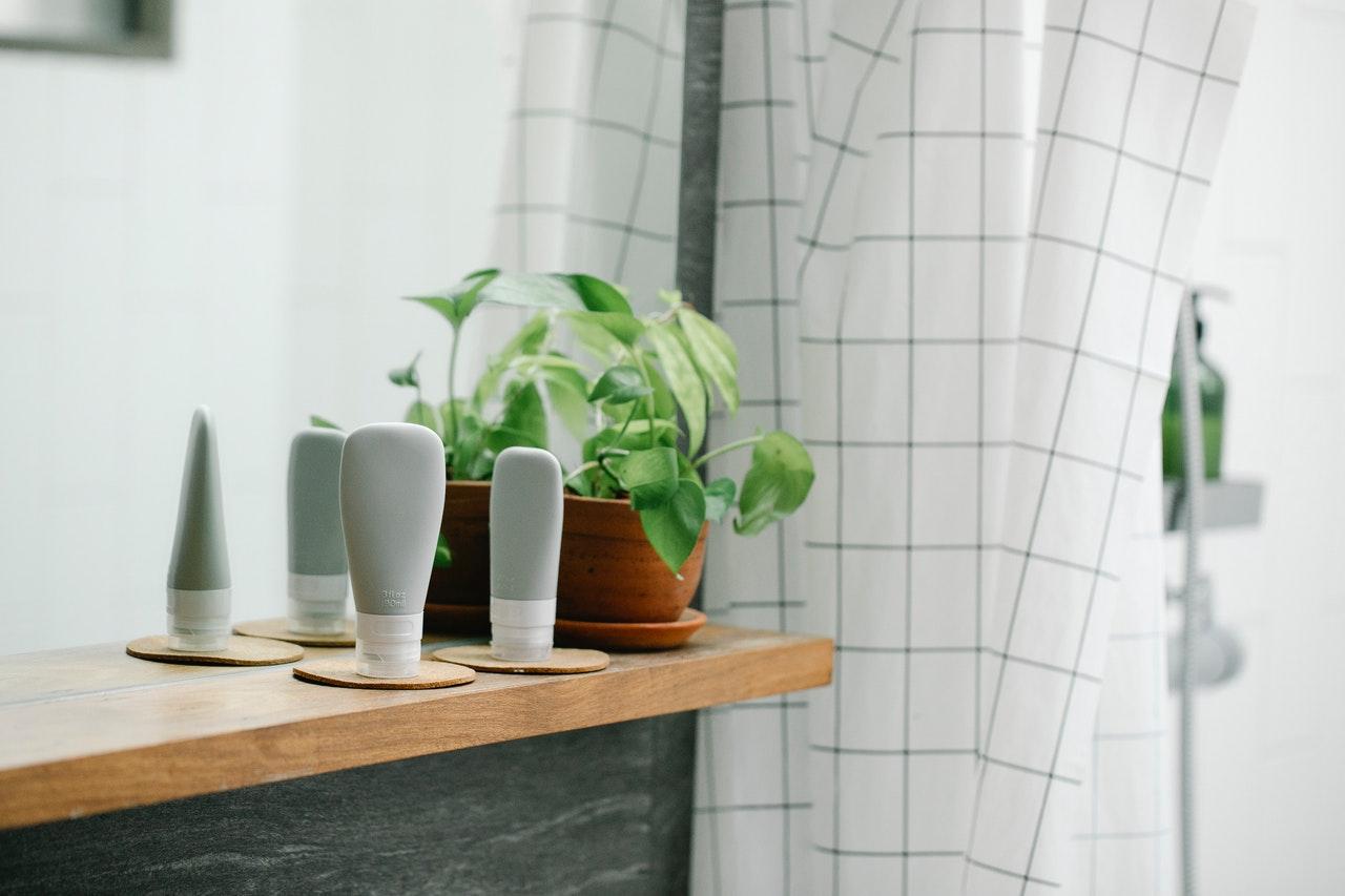 accessoires indispensables dans une salle de bain